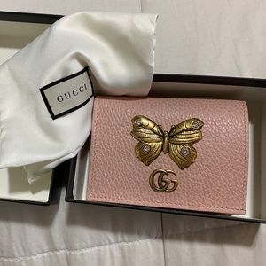 New Gucci Pink Leather Wallet with Gold Butterfly